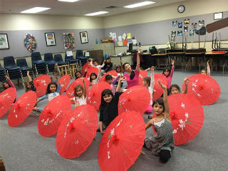 Tarwater kindergarten and first grade students celebrating Chinese New Years together